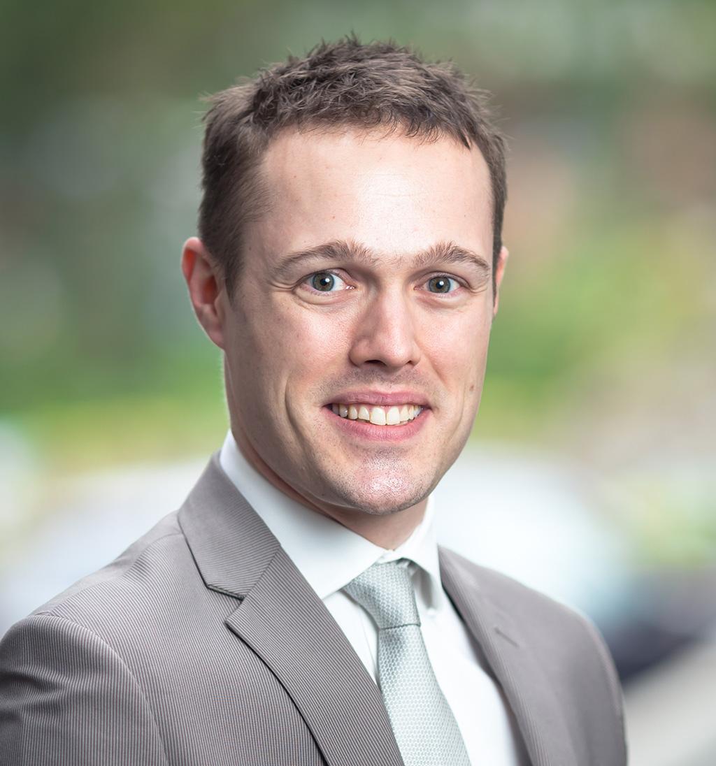 Dr. Florian Combremont